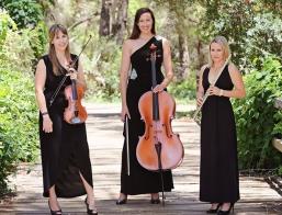 Les Trois Amies Trio